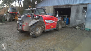 chariot télescopique Massey Ferguson