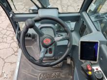 Voir les photos Chariot télescopique Magni TH 6.20