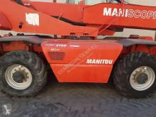 Vedeţi fotografiile Stivuitor telescopic Manitou MRT 2150