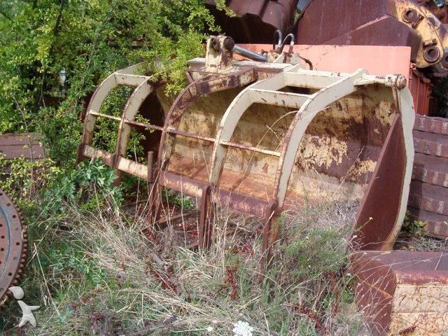 Godet Caterpillar PINCE A GRUMES occasion n u00b0114943 # Pince A Bois Pour Tracteur