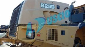 Bell Liebherr carrosserie B25D Baumaschinen-Ausrüstungen