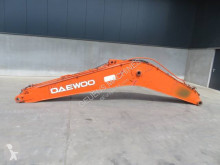 Daewoo DX 225 LC machinery equipment