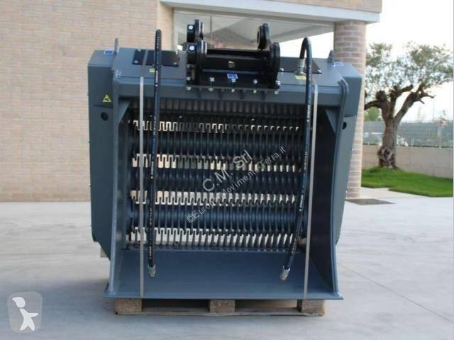 Bilder ansehen CM  Baumaschinen-Ausrüstungen
