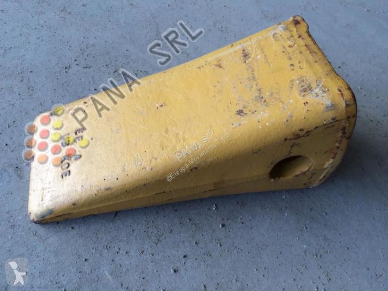 Zobraziť fotky Vybavenie stavebného stroja Caterpillar Dent de godet  SCARPETTE pour excavateur