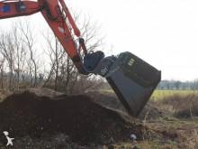 Bekijk foto's Aanbouwstukken voor bouwmachines CM